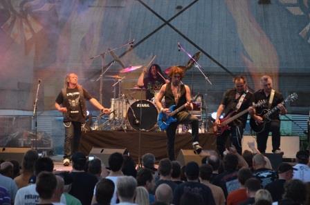 Bonfire mit Harry Reischmann live in Augsburg 2014